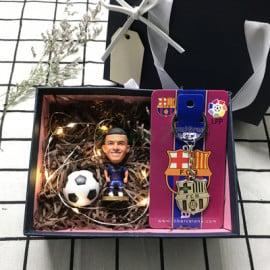 Conjunto Regalo Muñeco de Tres Piezas Fútbol Barselona